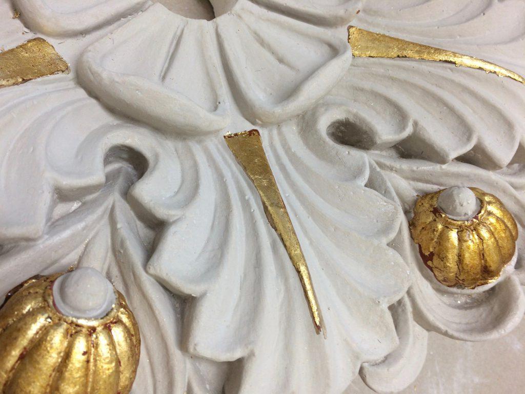 Förgylld takrosett på Nationalmuseum / Karla Dekorationsmåleri